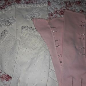 THREE PAIRS OF VTG DRESS GLOVES! STUNNING!